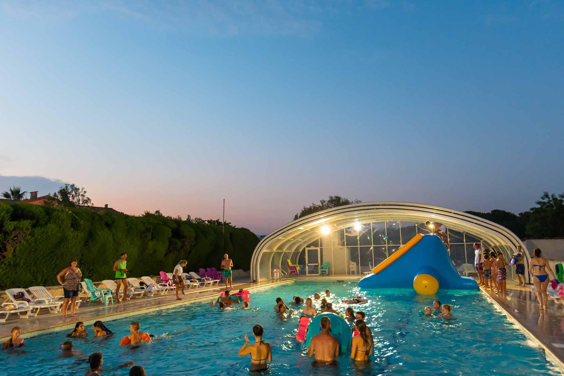 la piscine du camping la Vieille Ferme